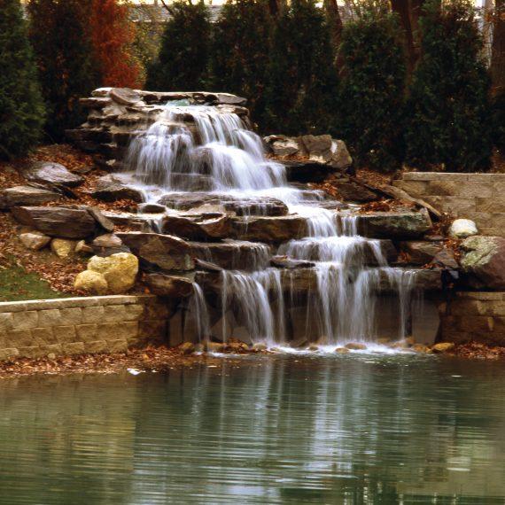 Niagara Waterfall Pump System